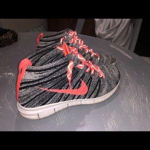 Nike Chukka Womens